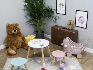 Ourbaby dětský stůl kulatý s židlemi