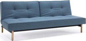 Rozkládací světle modrá rozkládací pohovka s dřevěnou podnoží innovation splitback mixed dance light blue