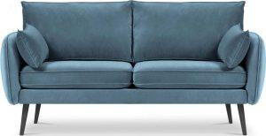 Dvoumístná světle modrá sametová pohovka s černými nohami kooko home lento