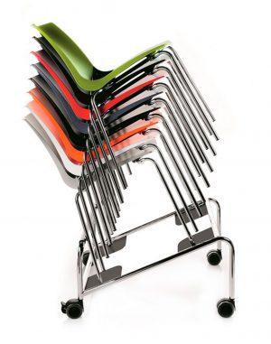 Vozík určený k přepravě a skladování židlí ari a mariquitavozík je vybaven 4 kolečky s brzdami o průměru 80 mm